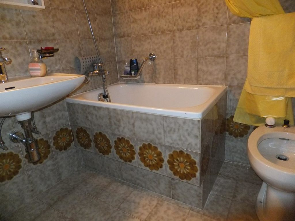 Vasca Da Bagno Senza Muratura : Dimensioni vasca da bagno modelli per tutti vasche da bagno